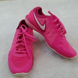 Nike Sz 8 Pink Dual Fusion TR3 Running Shoes